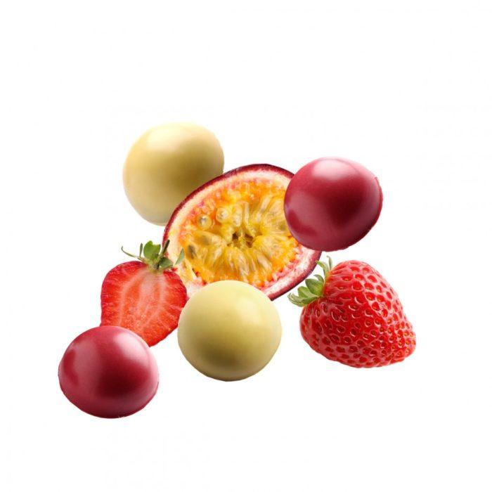 Ascaso en verano. Bombones de sabores refrescantes: fresa y maracuyá